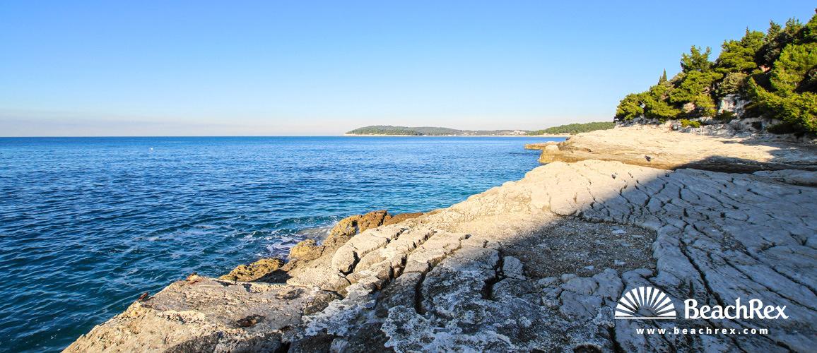 Croatia - Istra -  Pula - Beach Zlatne stijene