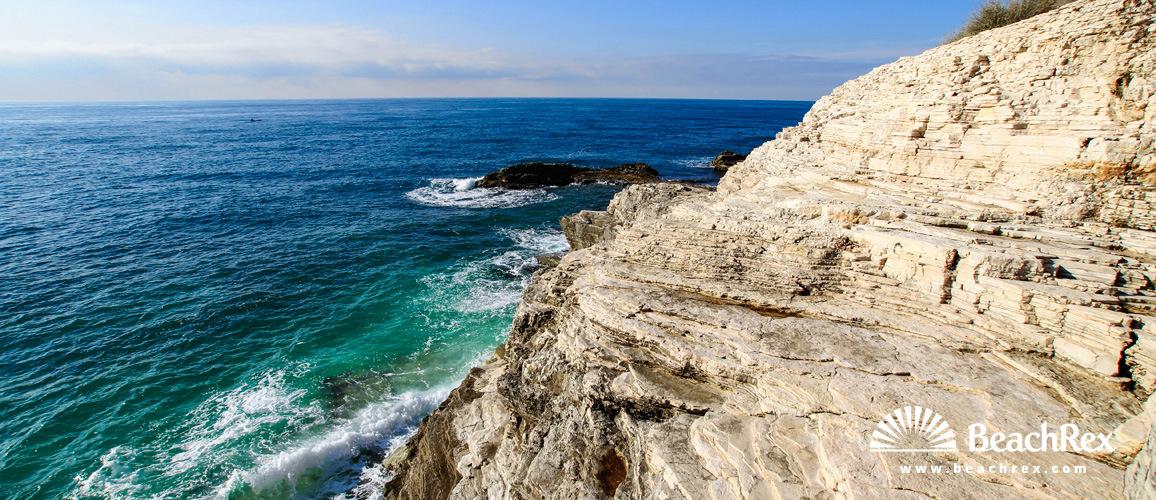 Croatia - Istra -  Pula - Beach Svjetionik