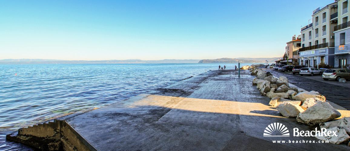Slovenia - Obalno kraška -  Piran - Beach Prešeren