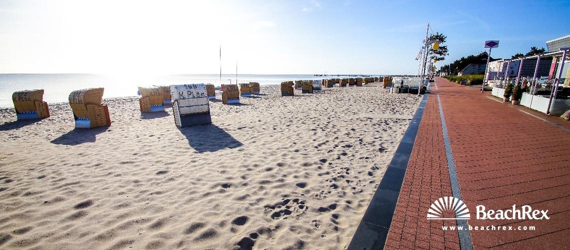 Germany - SchleswigHolstein -  Dahme - Strand Dahme