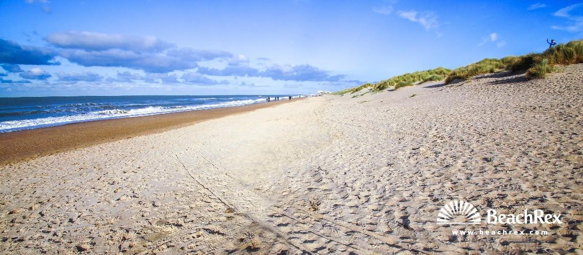 Belgium - WestVlaanderen -  De Haan - Strand Zwarte Kiezel