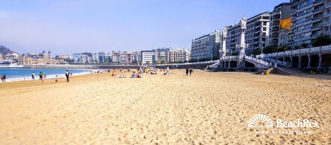 Spain - País Vasco -  Donostia - Playa de la Concha
