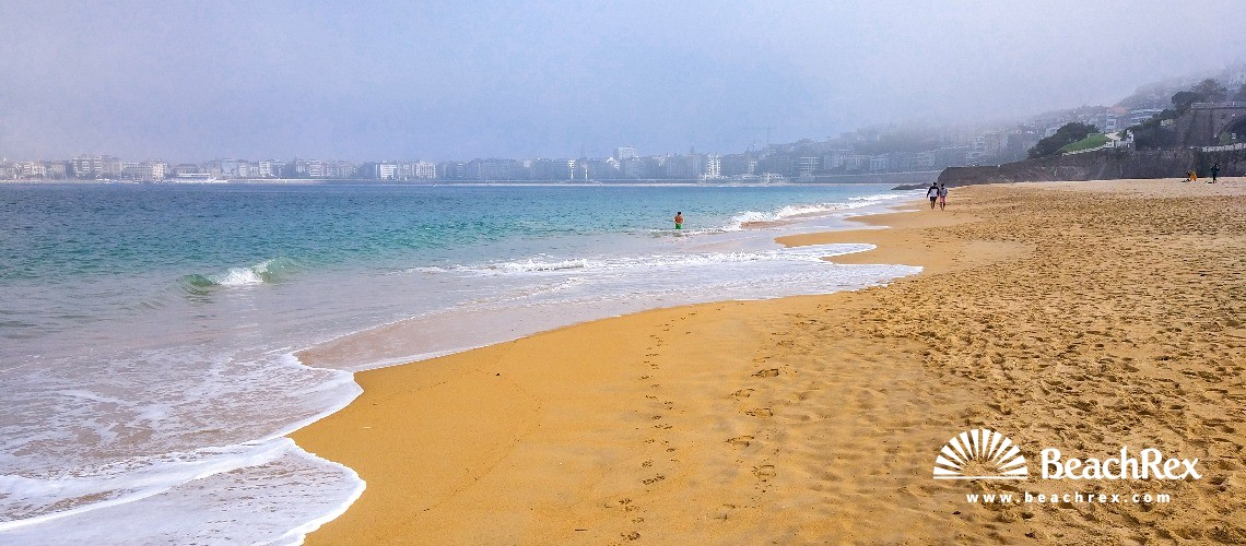 Spain - País Vasco -  Donostia - Playa de Ondarreta