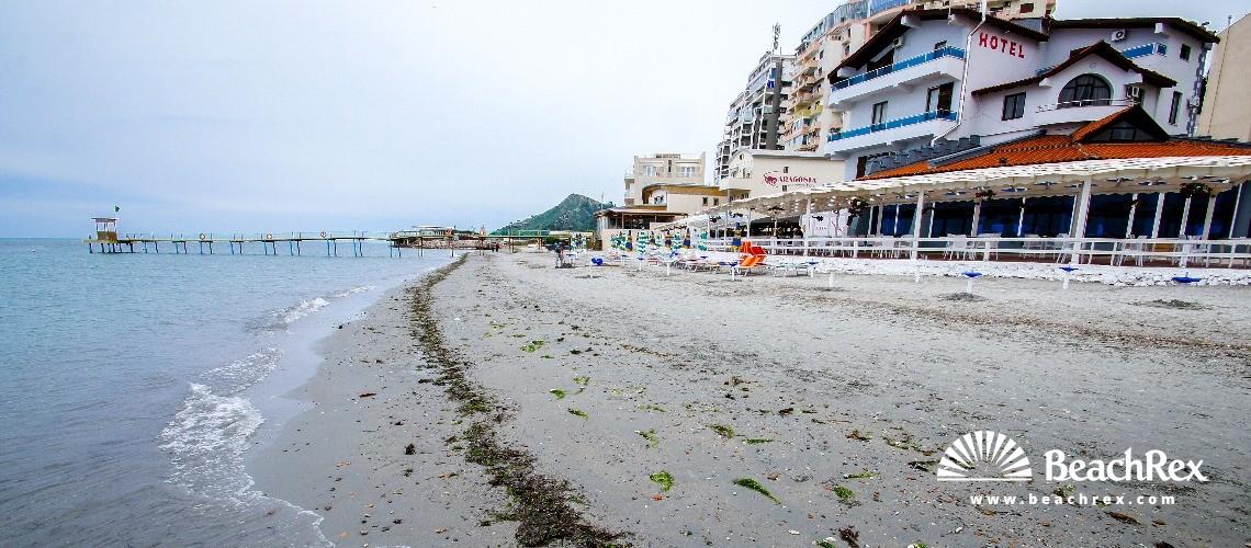 Albania - Durrës -  Durrës - Plazhi ke Aragosta