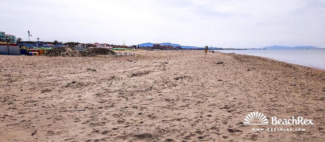 Italy - Toscana -  Grosseto - Beach Marina di Grosseto