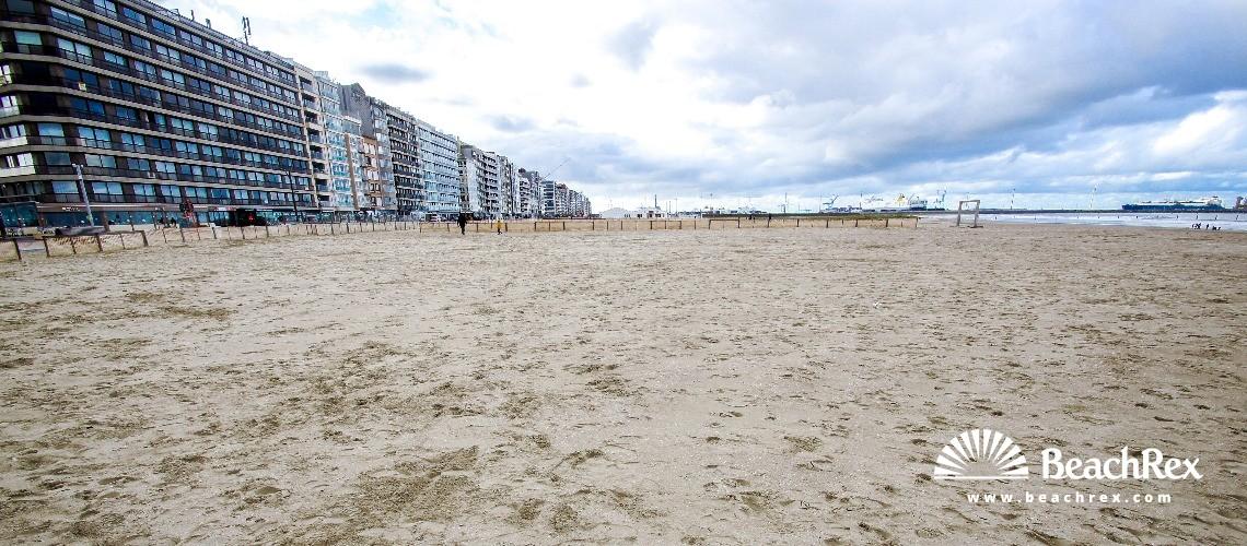Belgium - WestVlaanderen -  Knokke-Heist - Strand Heldenplein