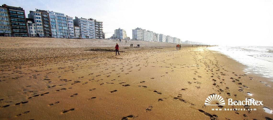 Belgium - WestVlaanderen -  Koksijde - Strand Koksijde Bad