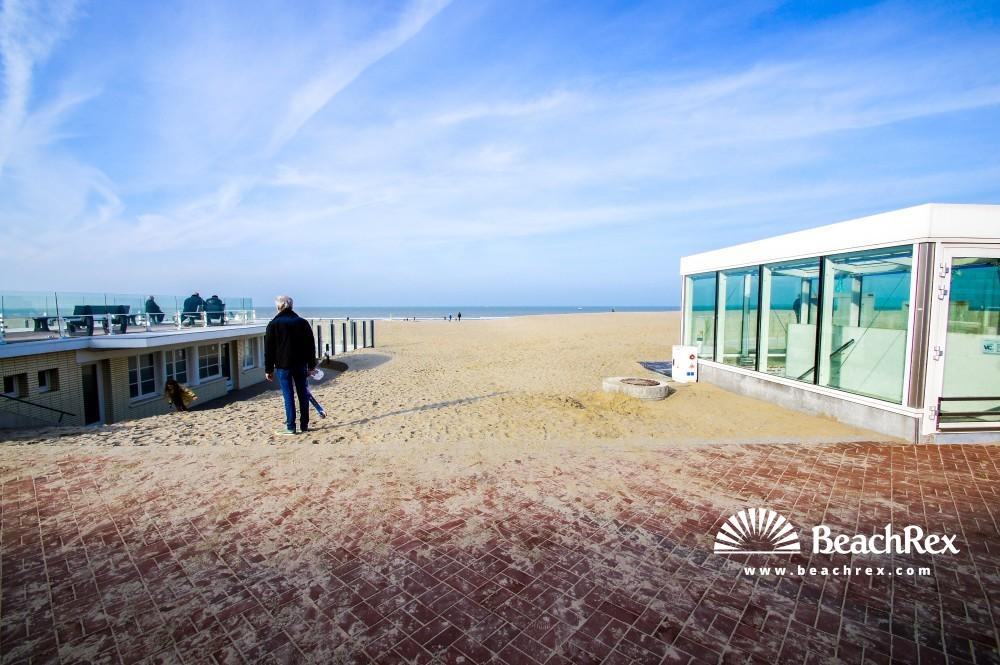 Belgium - WestVlaanderen -  Koksijde - Strand Oostduinkerke