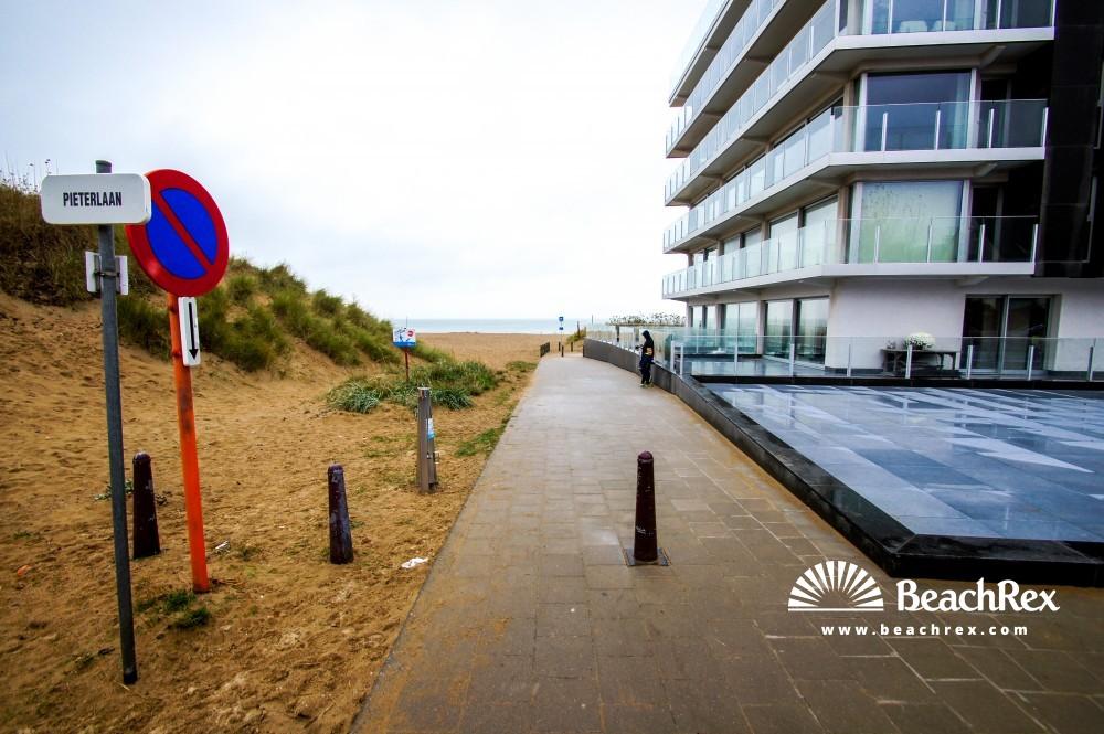 Belgium - WestVlaanderen -  Koksijde - Strand Sint-Idesbald