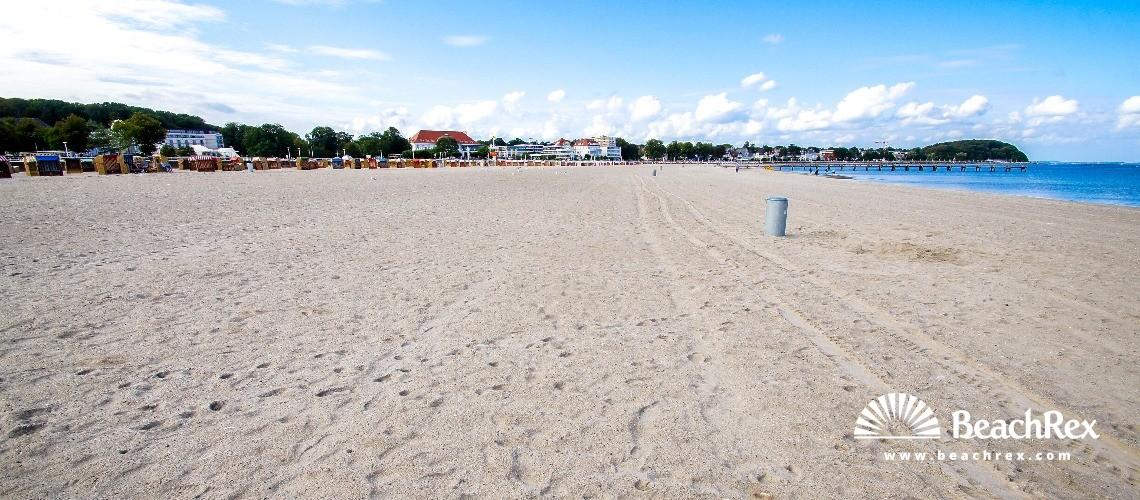 Germany - SchleswigHolstein -  Lübeck - Strand Travemünde