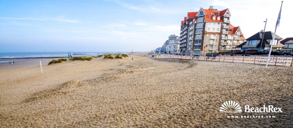 Belgium - WestVlaanderen -  Middelkerke - Strand Westende