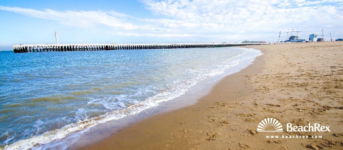 Belgium - WestVlaanderen -  Oostende - Strand Westelijke Strekdam