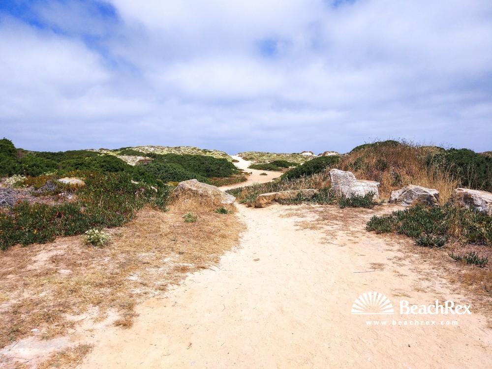 Portugal - Leiria -  Peniche - Praia da Cova da Alfarroba