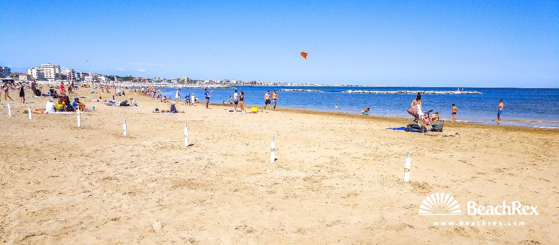 Italy - EmiliaRomagna -  Rimini - Beach Briolini
