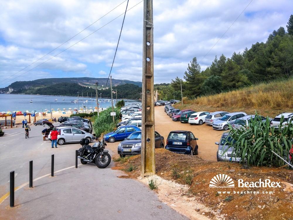Portugal - Setubal -  Setubal - Praia de Albarquel