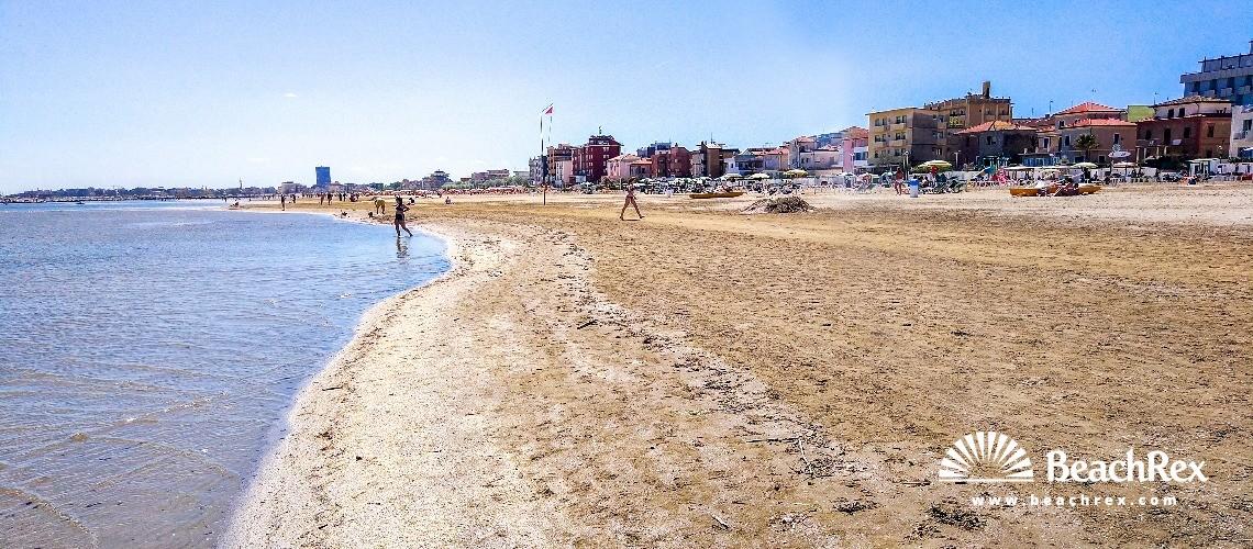 Italy - EmiliaRomagna -  Viserba - Beach Viserba