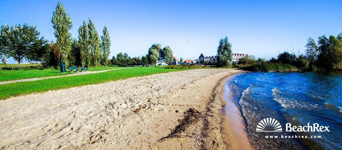 Netherlands - NoordHolland -  Volendam - Strand Pieterma